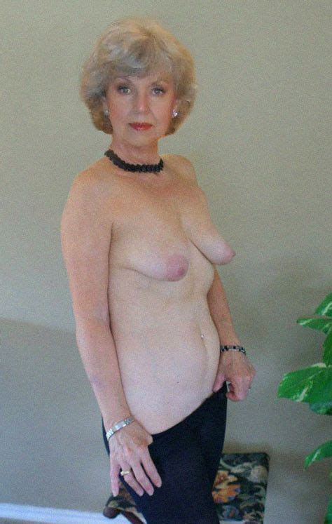 photos of mature granny with white hair nude xxx photo