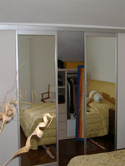 porte scorrevoli per cabina armadio porta scorrevole a specchio