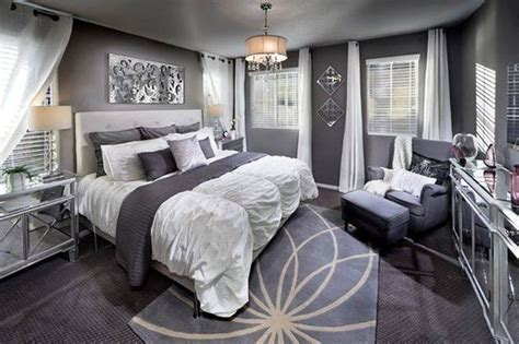 Stunning Grey And Silver Bedroom Ideas