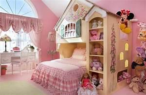 Deco Chambre Fille Princesse : idee decoration chambre fille princesse ~ Teatrodelosmanantiales.com Idées de Décoration