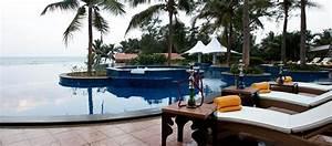 Radisson Blu Resort Temple Bay Hotel in South India ...