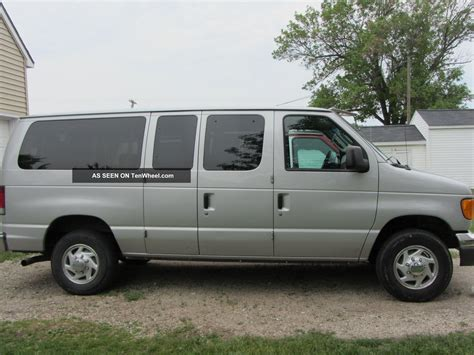 Ford E350 by 2006 Ford E350 Duty 12 Passenger
