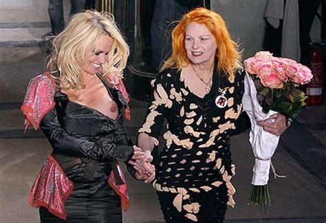 Pamela Anderson has wardrobe malfunction at fashion show ...