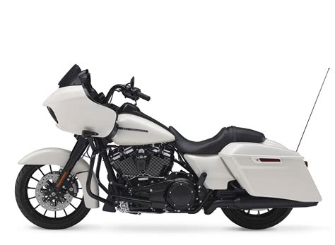 Review Harley Davidson Road Glide Special by 2018 Harley Davidson Road Glide Special Review Total