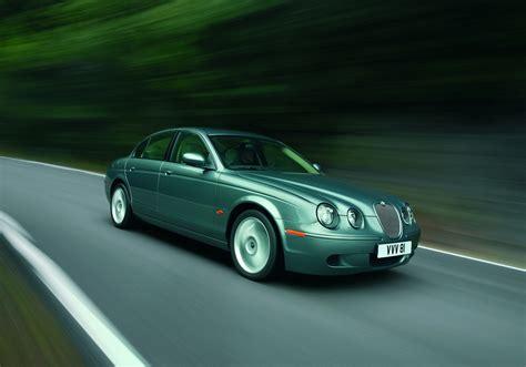 Jaguar S Type by Jaguar S Type Saloon Review 1999 2007 Parkers