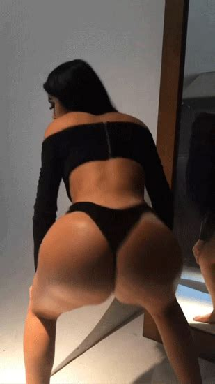 Sexy Girl With Big Butt Shows Twerk Saved Pinterest