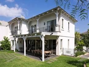 Italian Villa Style Home Plans