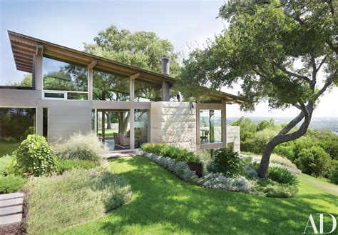 hillside home  austin texas   coveted retreat architectural digest