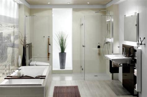 Moderne Badezimmer Mit Dusche Und Badewanne by Ebenerdige Dusche 23 Aktuelle Bilder Archzine Net