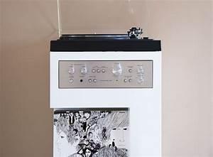 Meuble Pour Vinyle : meuble platine vinyle offrir une seconde vie une platine vinyle ~ Teatrodelosmanantiales.com Idées de Décoration
