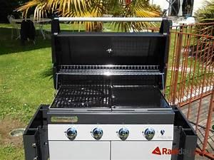 Barbecue Gaz Avec Plancha Et Grill : montage du barbecue gaz campingaz class 4l plus blog ~ Melissatoandfro.com Idées de Décoration