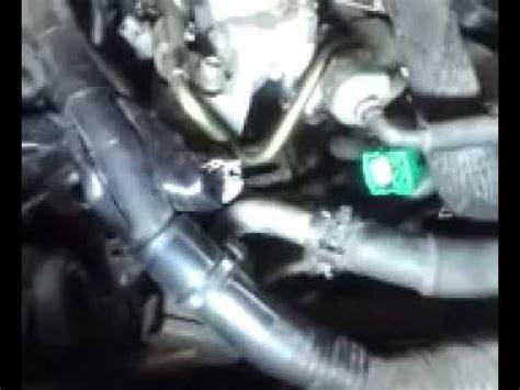 replacing camshaft sensors bank  bank nissan youtube