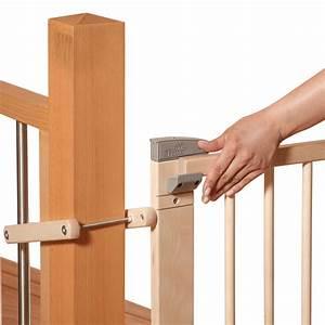 Barriere De Securite Bois : geuther barri re en bois pour escalier de 95 135 cm ~ Dailycaller-alerts.com Idées de Décoration