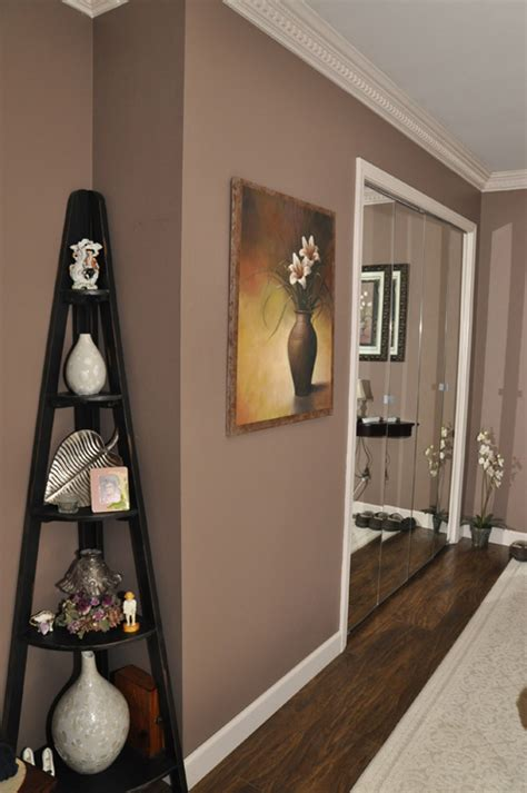 creating a neutral master bedroom planitdiy