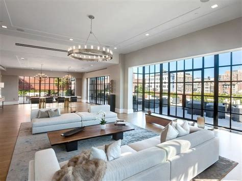 California Style New York Apartment by 17 Best Ideas About Luxury Apartments On