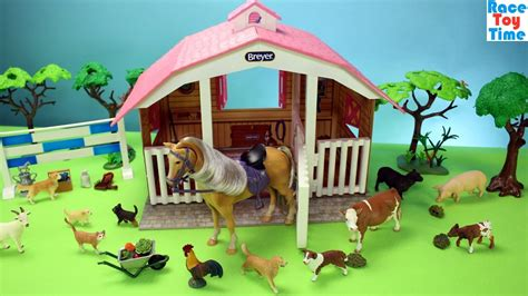 Horse Stable Breyer Playset And Toy Barn Farm Animals