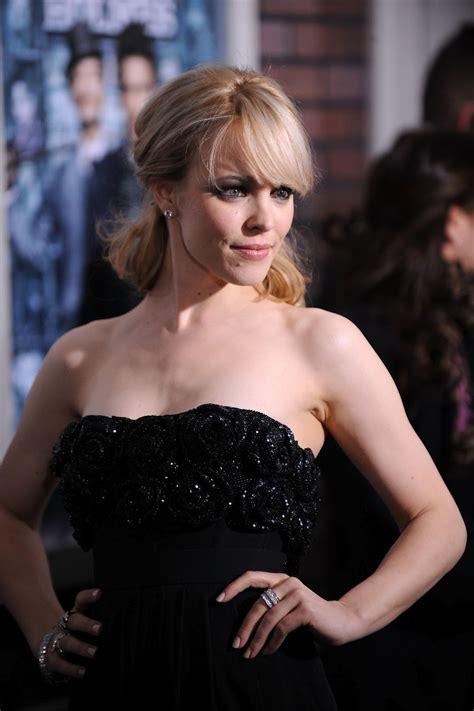 rachel mcadams amber actresses film holmes sherlock heard actress dj pussy naked feet premiere slip