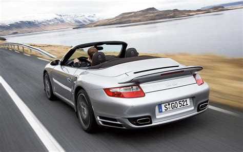 porsche  turbo cabriolet newcomers motor trend