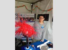 Dianna Cowern and UCSD Physics Students Demonstrate