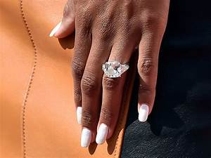ciara show39s engagement ring at las vegas performance with With ciara wedding ring