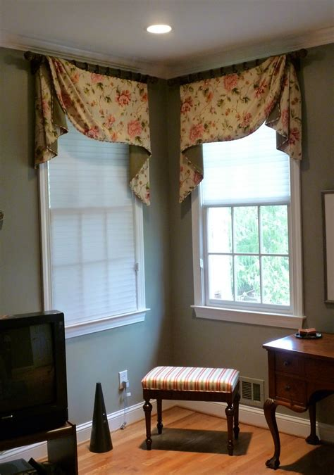 Bedroom Valances by Small Window Treatment Ideas Window Treatments 1122x1600