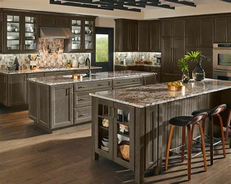 Best Backsplashes With Granite Countertops : 5 Popular Granite Kitchen Countertop And Backsplash Pairings