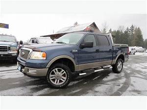 2005 Ford F150 Supercrew Lariat 4x4 Outside Victoria  Victoria