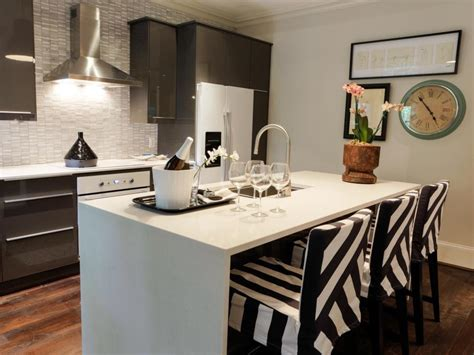 Beautiful Pictures of Kitchen Islands: HGTV's Favorite