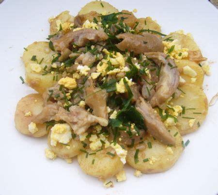 cuisiner des pieds de porc 1 par personne salade canaille de pieds de porc et