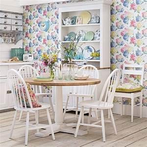 les 25 meilleures idees de la categorie papier peint With chambre bébé design avec robe fleurie morgan