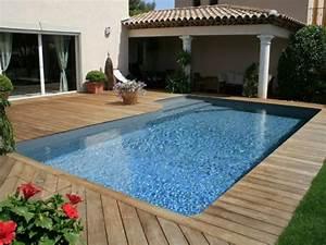 Les plus belles piscines de l39annee 1 2 for Piscine forme libre avec plage 1 photos des plus belles piscines paysagares piscine