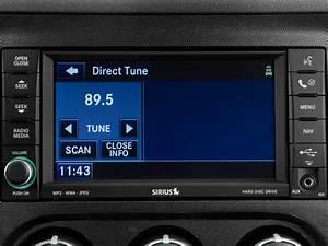 Image: 2010 Dodge Challenger 2-door Coupe SRT8 Audio