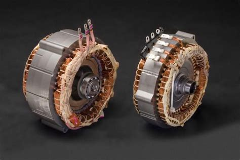small engine repair training 2002 toyota prius regenerative braking what is regenerative braking in a hybrid car hydrogen dry fuel cell motor generator