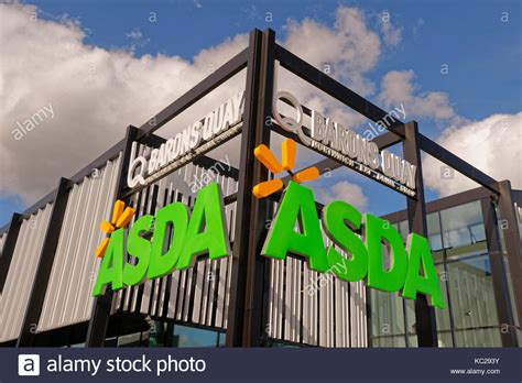 Asda Supermarket Store Uk Stock Photos Asda Supermarket