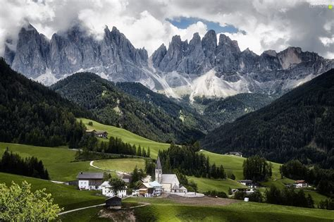 Italy Val Di Funes Valley Mountains Dolomites Church