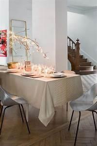 Nappe Pour Table : nappe de noel les plus jolies nappes de no l c t maison ~ Teatrodelosmanantiales.com Idées de Décoration