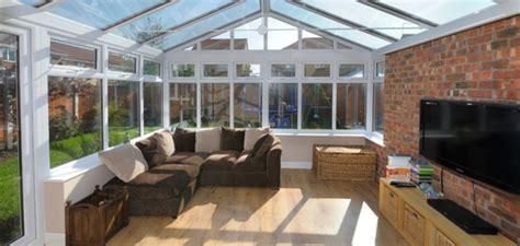 véranda fer forgé amenagement veranda moderne veranda et abri jardin