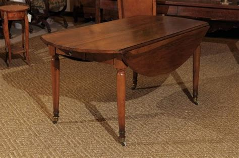 redmond dining table period directoire walnut dining table circa 1790 at 1stdibs 1790