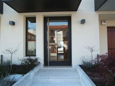 porte d ingresso in alluminio e vetro schiavon domenico e denis s a s serramenti alluminio
