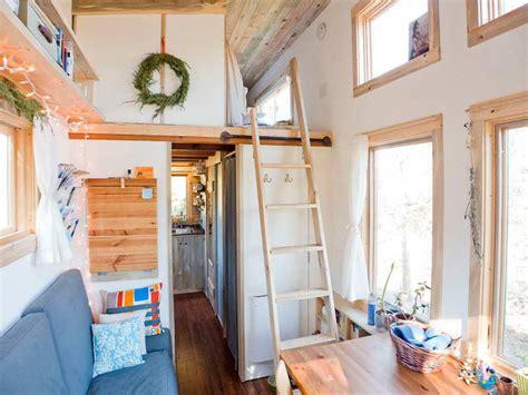 Tiny House Interior, Small And Tiny House Interior Design