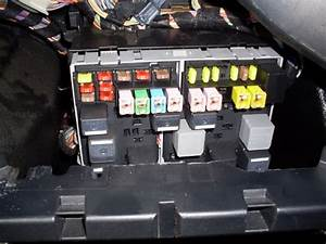 Ford Fiesta 2006 Fuse Box Location
