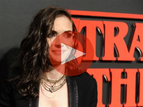 winona ryder regrets shoplifting arrest    wasn