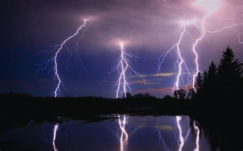 Animated Lightning Wallpaper - lightning bolt background 183
