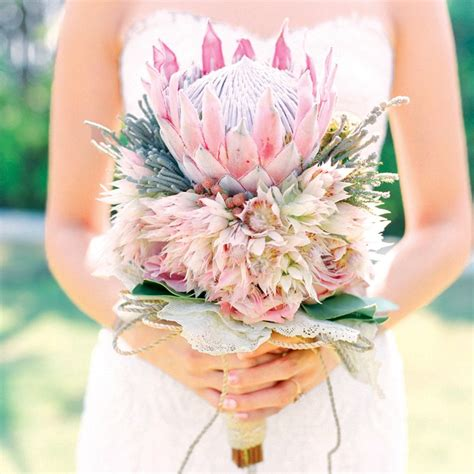 King Protea Bridal Bouquets That Are Crazy Striking Brides