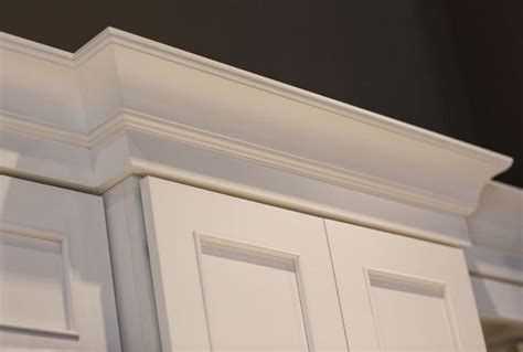 kitchen cabinets molding ideas best 25 cove molding ideas on cove crown 6231