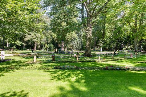 Blühender Friedhof Erster Memoriamgarten Eröffnet In
