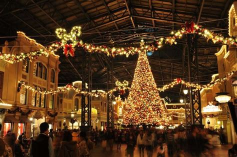 christmas  japan facts  traditions japan rail pass
