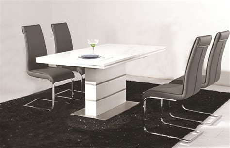 Dolores High Gloss Dining Table 4 Faux Leather Chrome Chairs