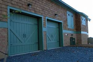 barn doors driveway gates home inspiration With barn door looking garage doors