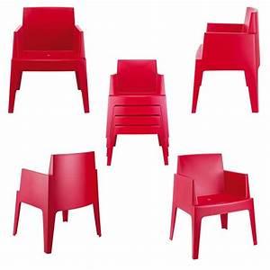 Fauteuil Plastique Jardin : fauteuil jardin plastique design table de lit ~ Teatrodelosmanantiales.com Idées de Décoration